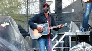 "Darius Rucker - ""Learn to Live"""