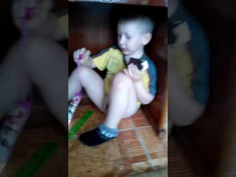 Пародия воп эроина.Мой младший брат.😹😂✨