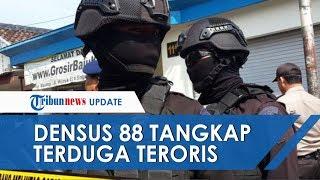 Terduga Teroris Ditangkap saat Sedang Belanja di Toko Kelontong