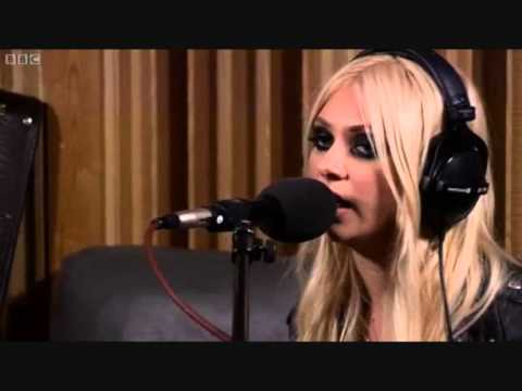 Islands / Love The Way You Lie - The Pretty Reckless