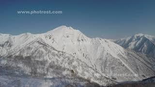 みなかみの谷川岳の空撮