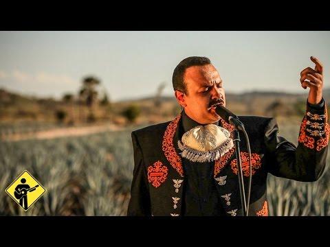 """Músicos Mexicanos Interpretan """"México Lindo y Querido"""""""