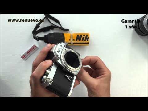 Comprobación de una cámara réflex analógica de segunda mano