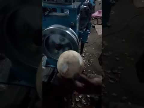 Coconut Desheller Machine