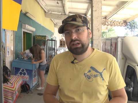 Тернопільські міліціонери піймали злодія, який викрадав з магазинів скриньки з пожертвами для бійців АТО (ВІДЕО)