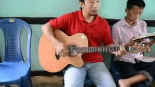 preview picture of video 'Hymn Singing, Church in Imphal, July 10, 2011'