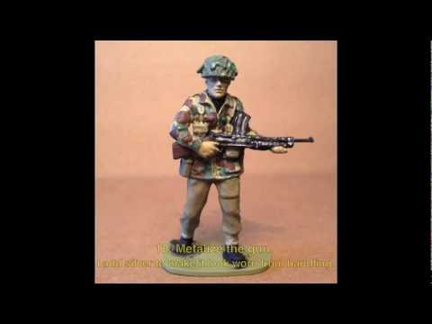 HOW TO PAINT AN  AIRFIX 1-32 SCALE W.W. II BRITISH PARATROOP IN 13 EASY STEPS!