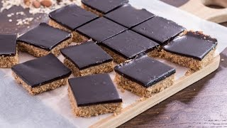 Healthy No-Bake Chocolate Peanut Butter Oat Bars Recipe