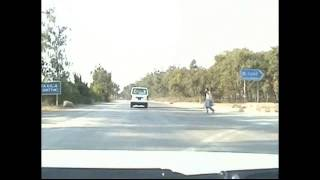 preview picture of video 'Driving in Pakistan'