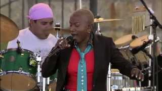 Angelique Kidjo - Ae Ae - 8/13/2006 - Newport Jazz Festival (Official)