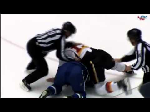 Turner Elson vs. Alex Friesen