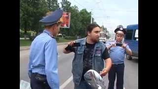 Как полиция останавливает мотоциклы в Уфе