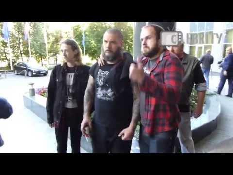 Drunk Phil Anselmo greets fans, 29.06.2014  Пьяный Фил Ансельмо пообщался с фанатами, 29.06.2014