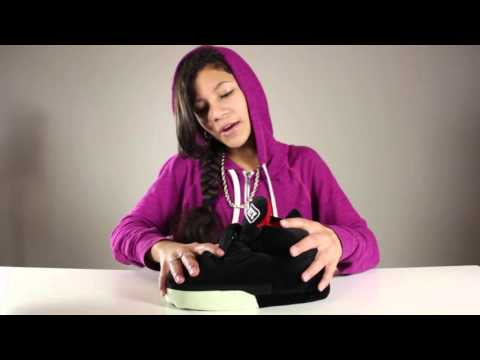 "BABY KAELY ""UZZY SLIPPER SNEAKER REVIEW"" 10YR OLD RAPPER"