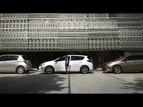 Toyota  Auris Хетчбек класса C - рекламное видео 1