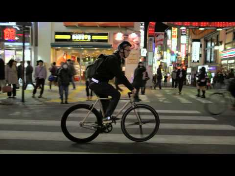 Levi's Commercial for Levi's Commuter (2015) (Television Commercial)