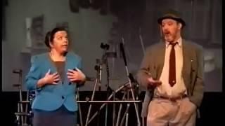 Driestuiversopera – Anstatt dass song
