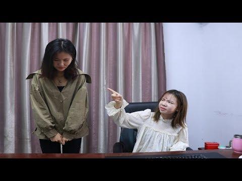 女孩每月都拿高工资,经理眼红开除她,合作商一番话经理上门认错【蓬勃劇場】