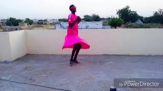 La nouvelle danse (temps boy mdrrrr😅😅😅😅)