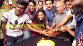 An awesome cake a lot of masti and busting some moves with
