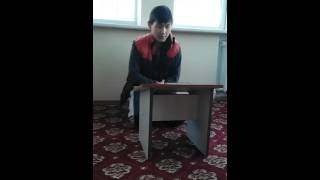 Мальчик читает куран очень красиво в медресе