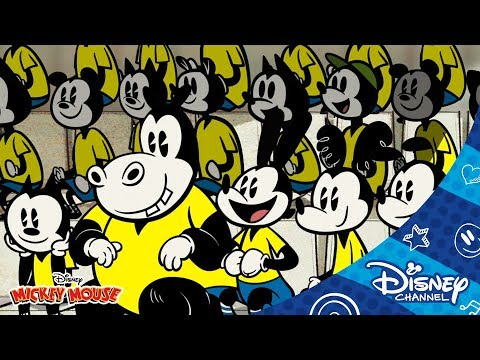 Mickey Mouse Shorts - O Futebol Classico   Official Disney Channel Africa