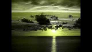 瑠璃色の地球手嶌葵