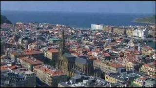 preview picture of video 'Desde Irún hasta Donostia (España, Entre el Cielo y la Tierra).avi'