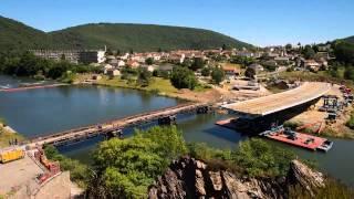 Animation vidéo : pose du tablier du pont St Nicolas à Revin