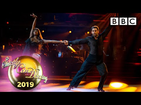 Kelvin and Oti Rumba to Ain't No Sunshine – Week 4 | BBC Strictly 2019