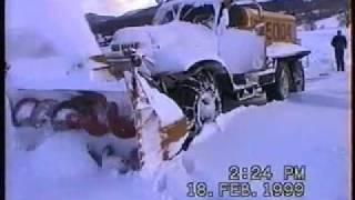 Russische Oldtimer-Schneefräse Sil Snowblower Russenfräse