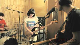 Yuck - Rubber (Live @ Insound Studio Sessions)