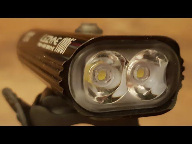 Видео Фара Lezyne Power Drive 1100i Loaded черная