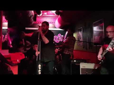 Rock&Roll en la plaza del pueblo (de Tequila, durante el concierto en la Sala Ca