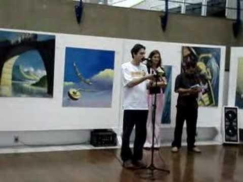 Ricardo Brandes declama poema do livro Histórias de Oktober