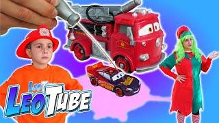 Cars bomberos 🚒 que Cambian de Color con el Agua !