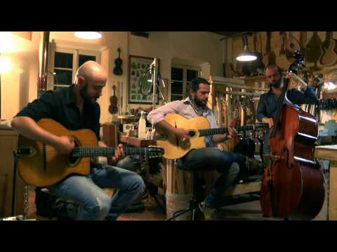 20 Strings Gypsy Jazz Manouche Torino musiqua.it