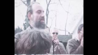 Paaseieren zoeken vanuit 'Het Boerderijtje', 1971