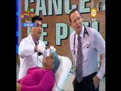 Melanoma o cáncer a la Piel, lunares Malignos en Dr. TV – Entrevista al Dr. Aparcana