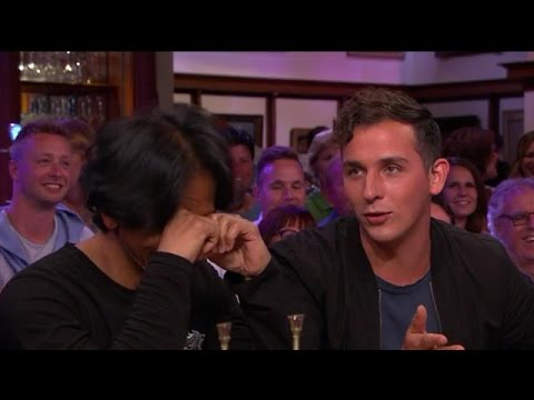 "Wibi ontroerd: ""Nee, niet Dobby!"" - RTL LATE NIGHT"