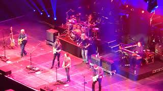 DOOBIE BROTHERS 29-Oct-2017 LONDON 06 Sweet Maxine