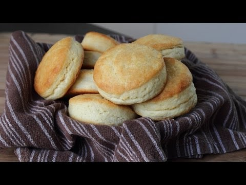 Cream Biscuits – Easy Light & Flaky Cream Biscuits