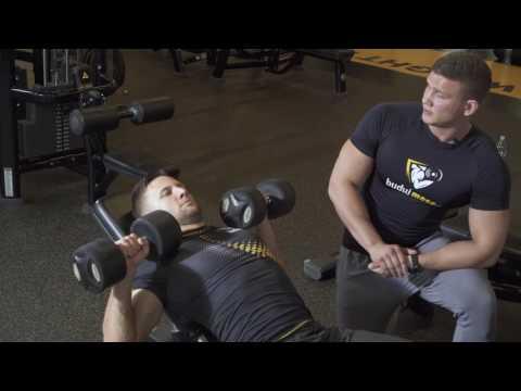 Najlepsze ćwiczenia na wewnętrznej mięśni klatki piersiowej