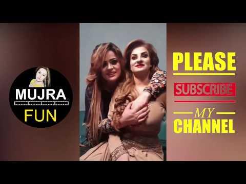 Afreen Khan Hot Pakistani Mujra Actress Talking To Fanz 4