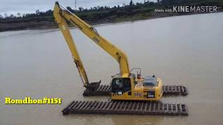 preview picture of video 'Excavator amphibi komatsu PC 200 swamp'