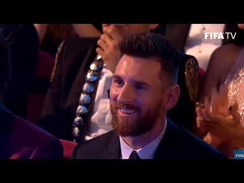 Lionel Messi reaction at Cristiano Ronaldo FIFA The Best Player 2017 award