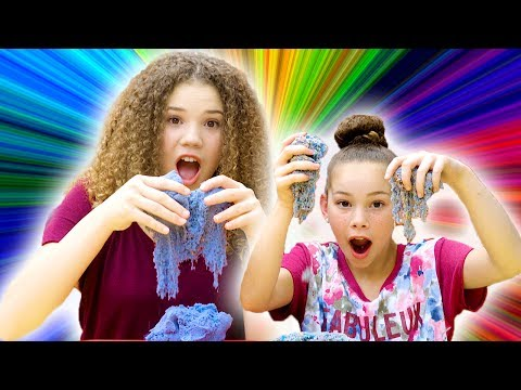 Kinetic Sand Challenge! (Haschak Sisters)