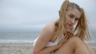 "Miley Cyrus ""Malibu"" PARODY! The Key of Awesome #122"
