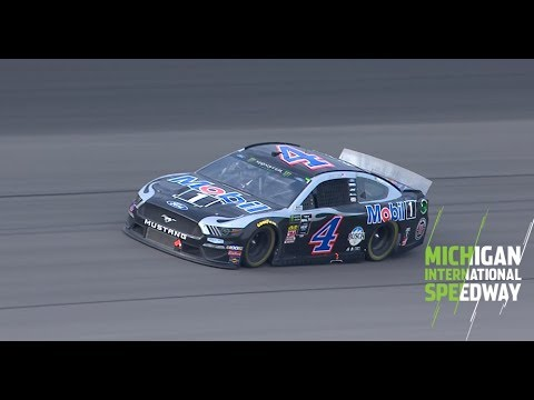 Watch Kevin Harvick dominate final lap at Michigan