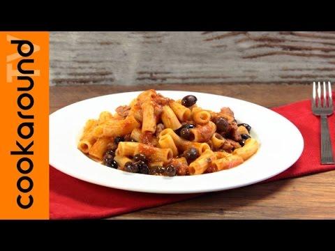 Pasta al sugo di salsiccia e olive nere | Primo piatto buonissimo!